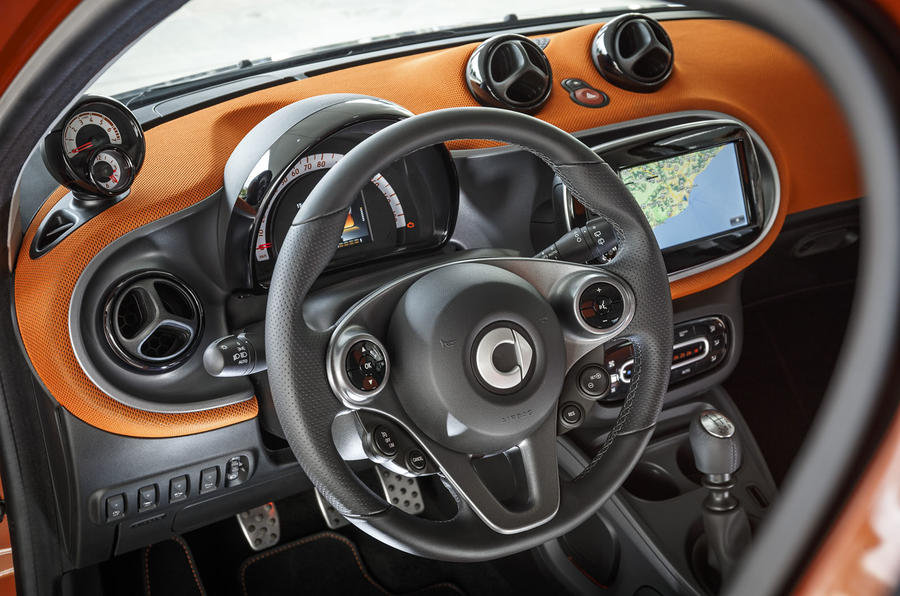 2015 smart fortwo and forfour pricing engines and specs autocar rh autocar co uk Smart Fortwo Smart Forfour Engine