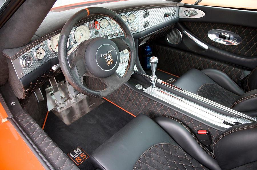 Spyker C8 dashboard