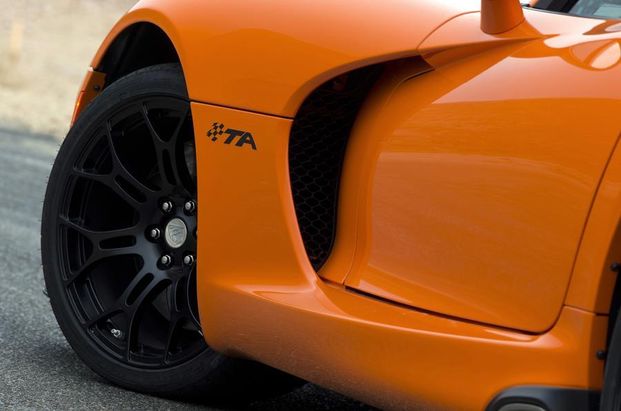 SRT Viper TA side vents