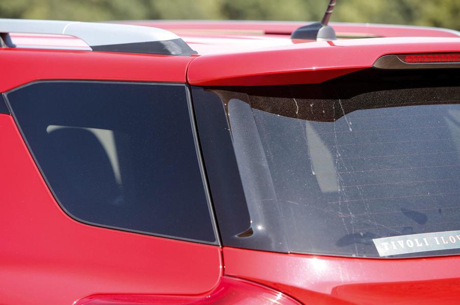 Ssangyong Tivoli XLV rear window