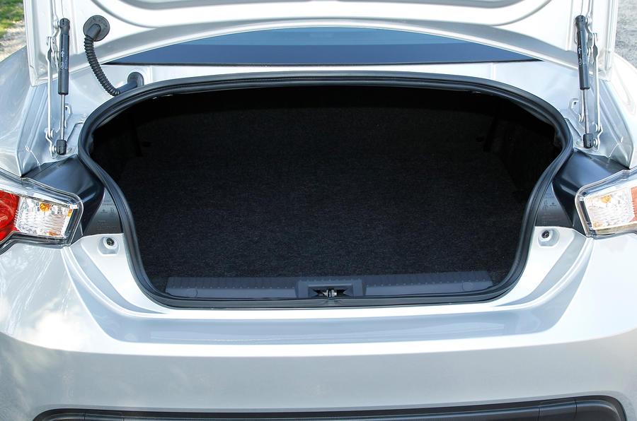 Subaru BRZ boot space
