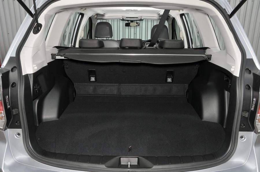 Subaru Forester Cargo Space >> Subaru Forester 2013 2018 Interior Autocar