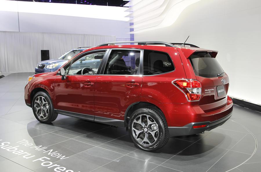 La Motor Show 2013 Subaru Forester Autocar