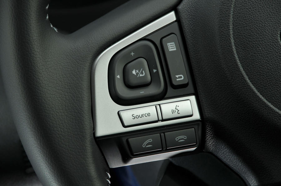 Subaru Forester steering wheel controls