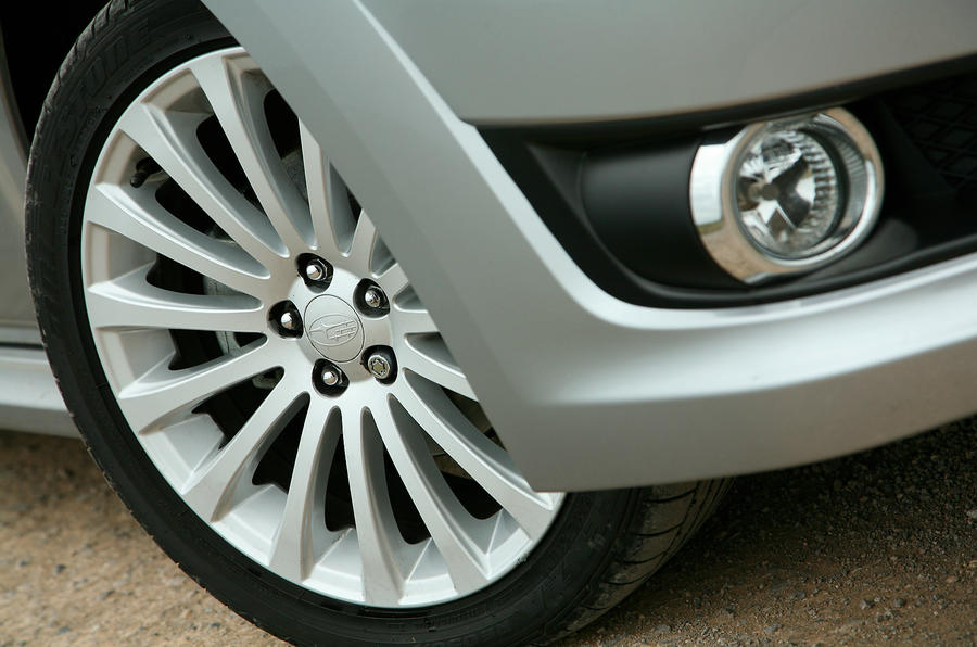 18in Subaru Legacy alloy wheels