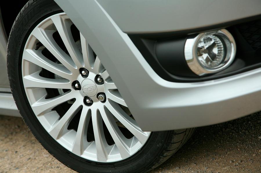 18in Subaru Legacy alloy wheels