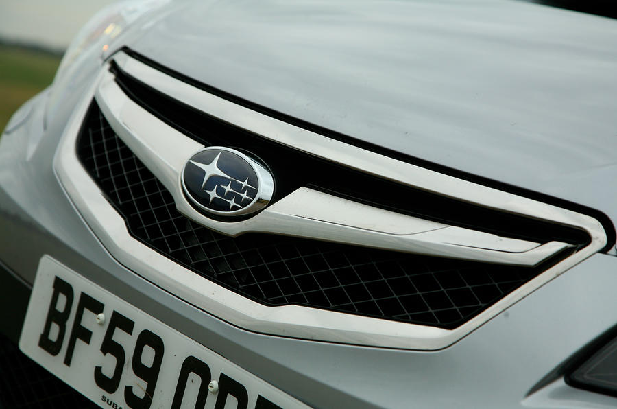 Subaru Legacy front grille