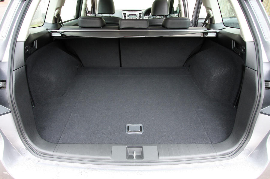 Subaru Legacy boot space