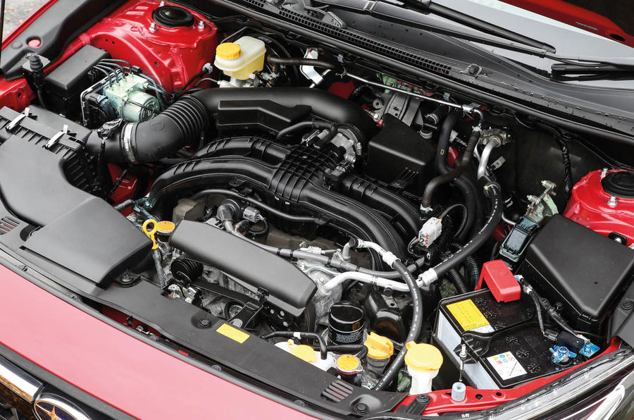 Subaru XV 2.0i Lineartronic SE Premium engine