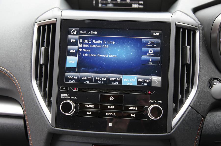 Subaru XV 2.0i Lineartronic SE Premium infotainment system