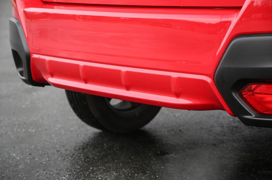 Subaru XV 2.0i Lineartronic SE Premium rear bumper