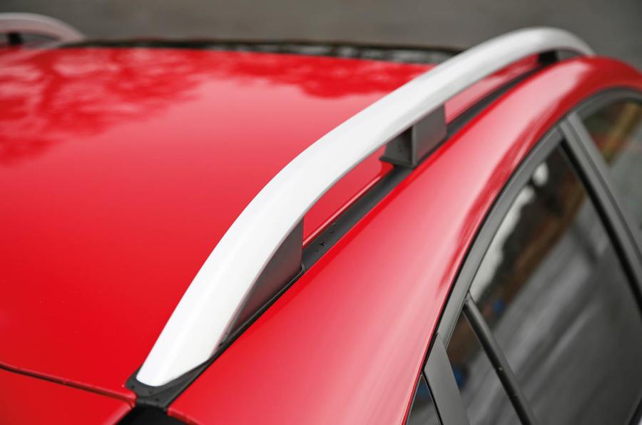 Subaru XV 2.0i Lineartronic SE Premium roof rack