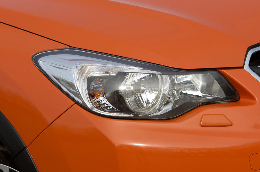Subaru XV headlight