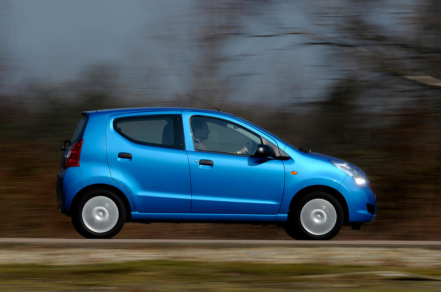 Suzuki Alto side profile