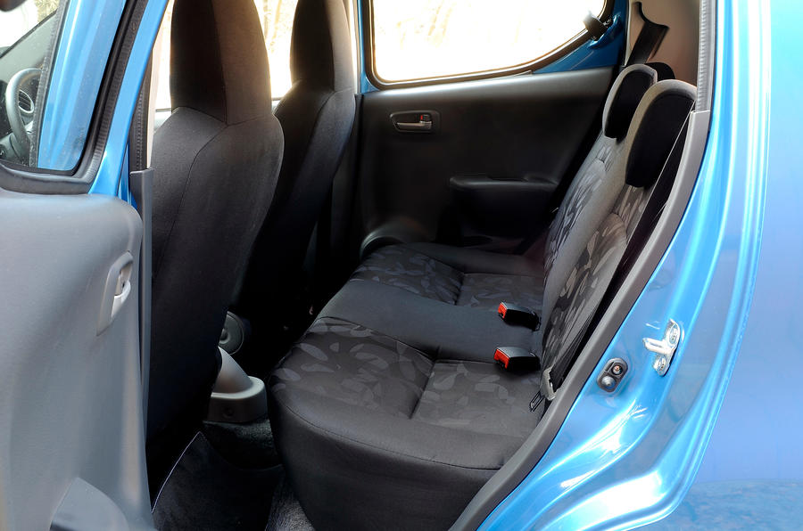 Suzuki Alto rear seats