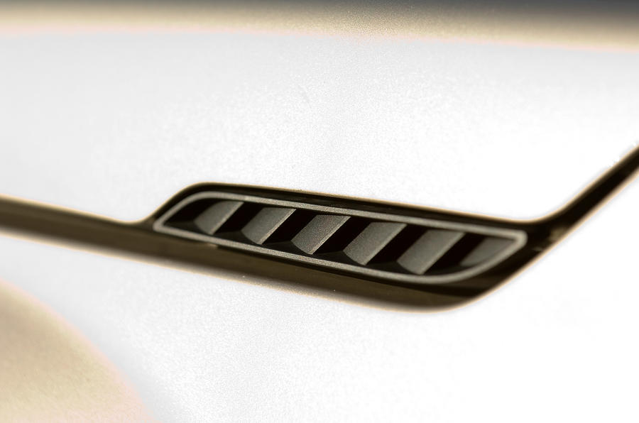 Suzuki Grand Vitara air vents