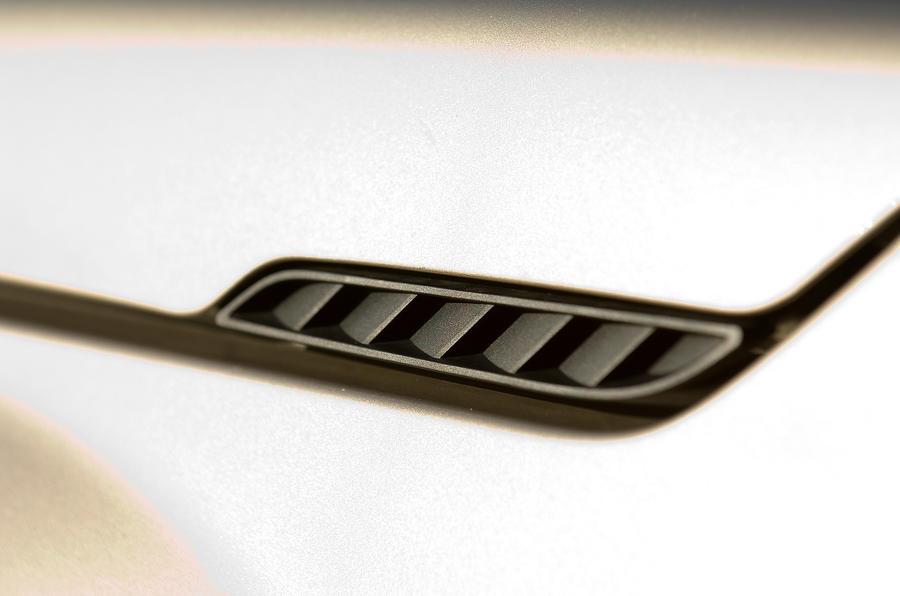 Suzuki Grand Vitara air vents