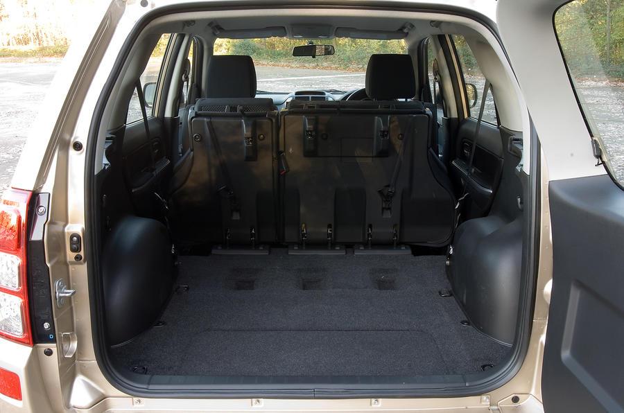 Suzuki Grand Vitara seat flexibility