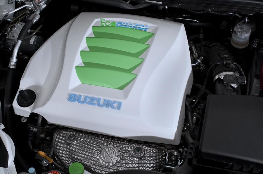 New York motor show: Suzuki Kizashis