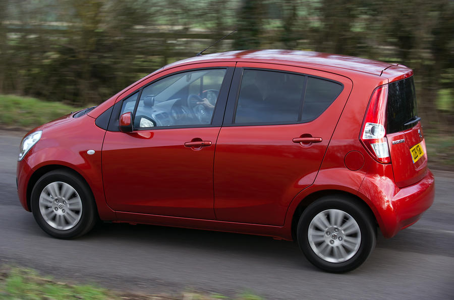 Suzuki Splash side profile