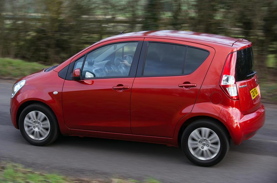 Suzuki Splash side profile
