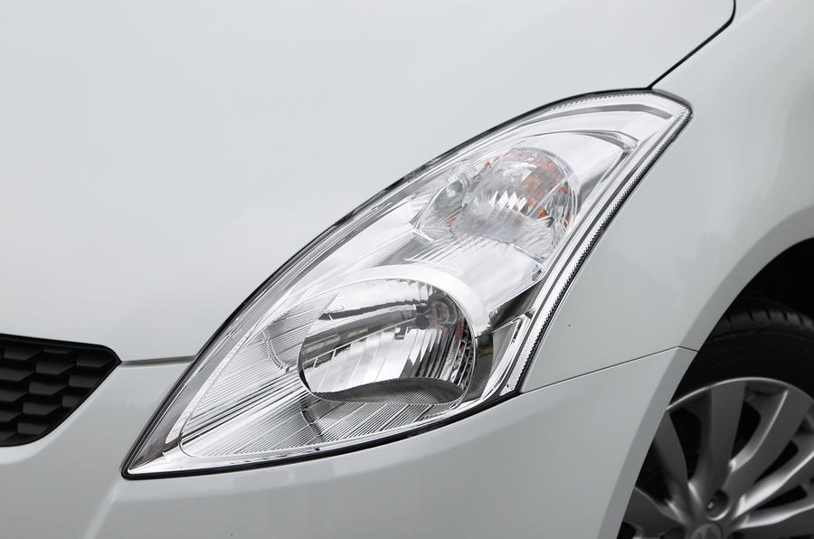 Suzuki Swift headlight