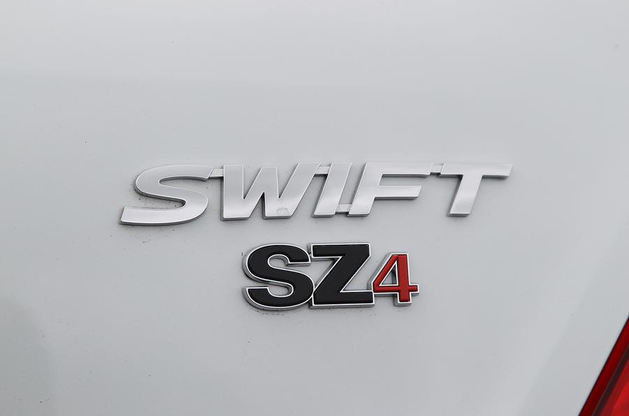 Suzuki Swift badging