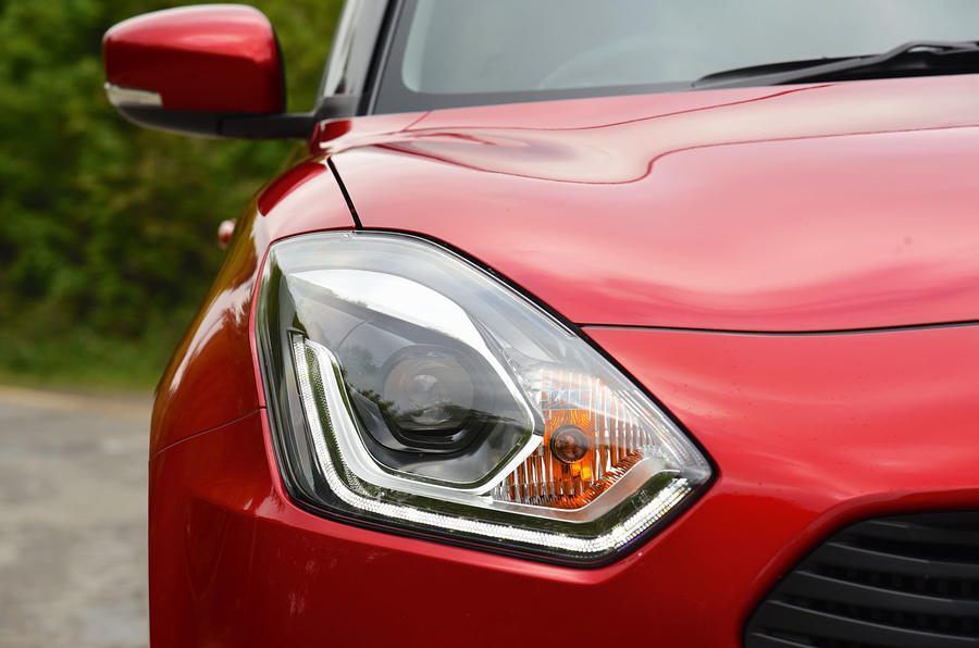 Suzuki Swift headlights