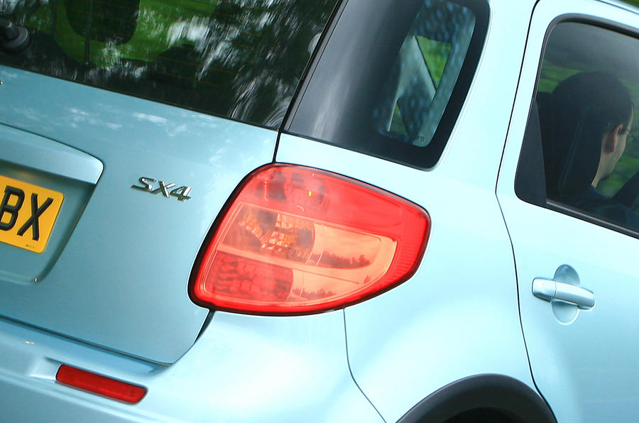 Suzuki SX4 rear lights