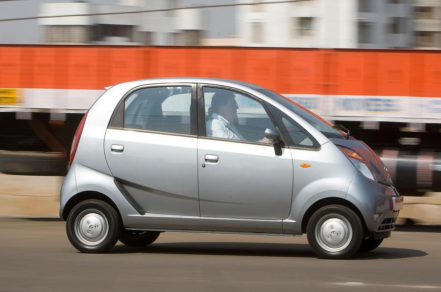 Tata to take some Nano customers to Sanand