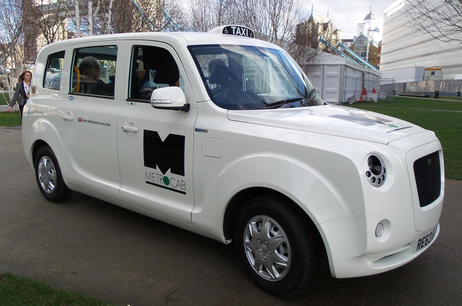 London triggers green cab race