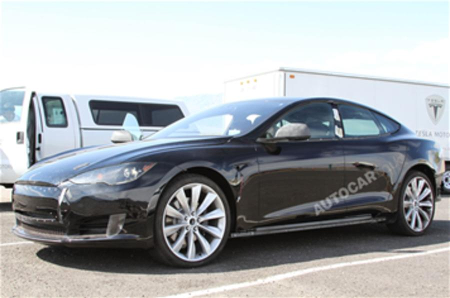 Hot Tesla Model S to rival M5