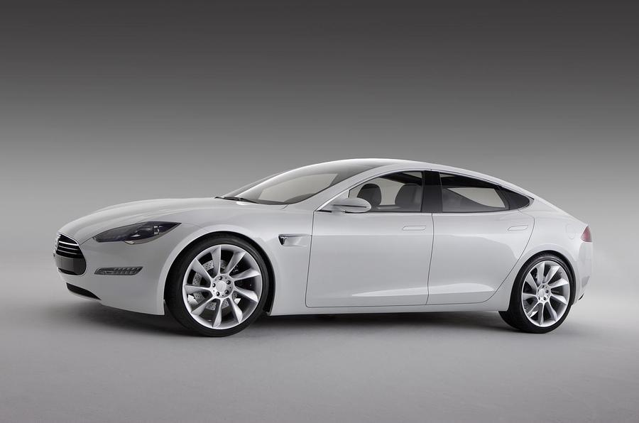 Tesla plans Apple-style stores