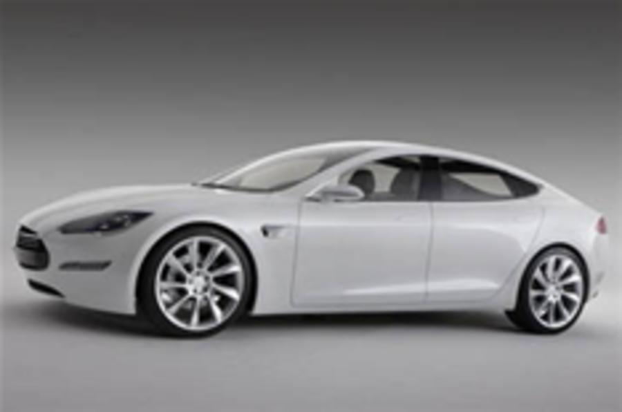 Tesla Model S saloon revealed