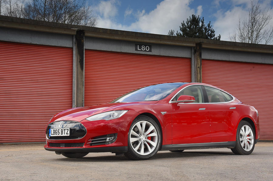 4.5 star Tesla Model S P90D