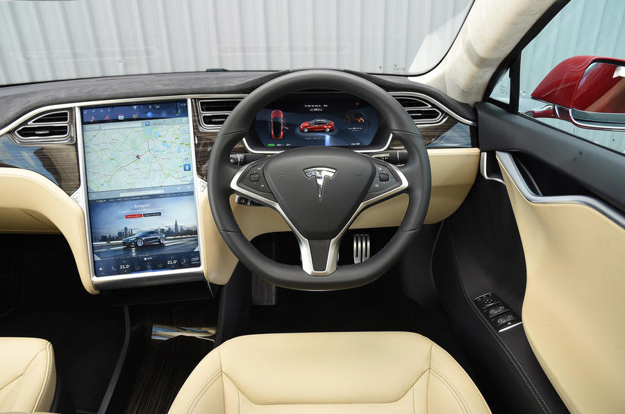 Tesla Model S P90D dashboard