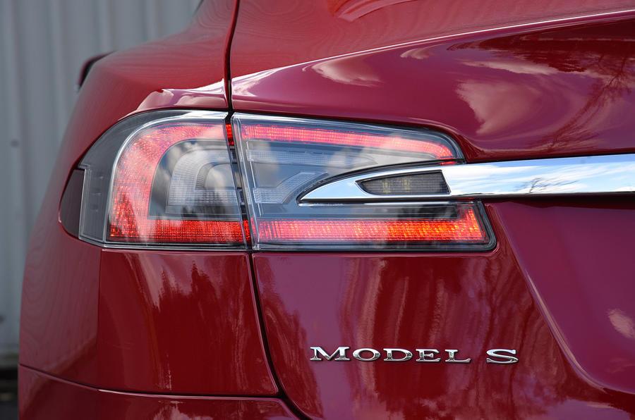 Tesla Model S P90D LED tailight