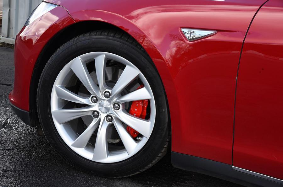 19in Tesla Model S P90D alloys
