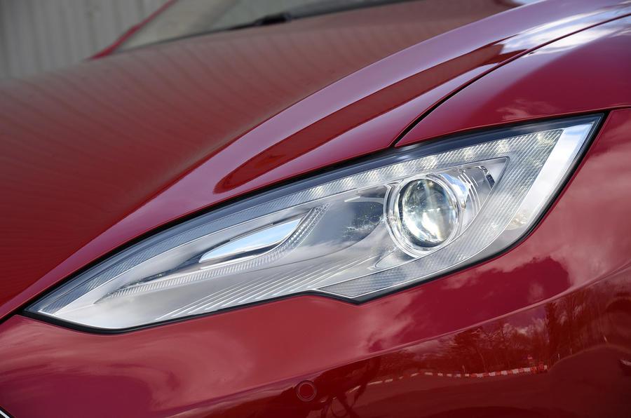 Tesla Model S P90D headlight