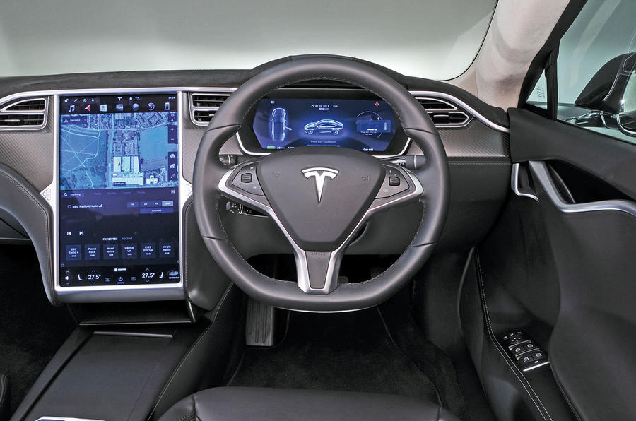 Tesla model s review 2018 autocar for Interior tesla model s