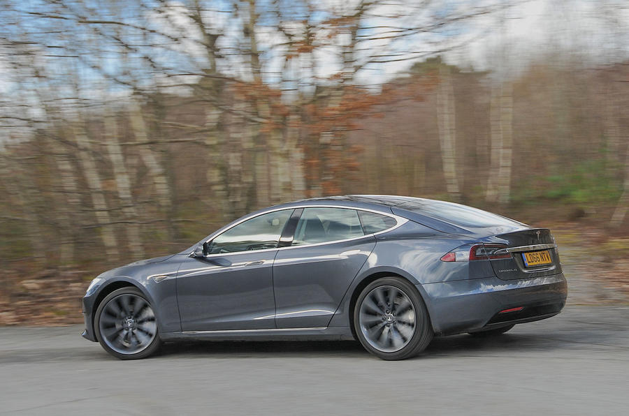 Tesla Model S 95d rear cornering
