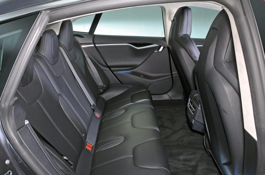 ... Tesla Model S 95D Rear Seats ...