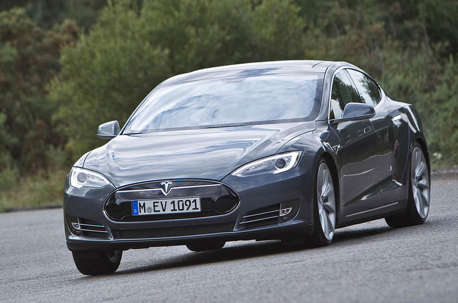 Tesla to launch four-wheel-drive Model S