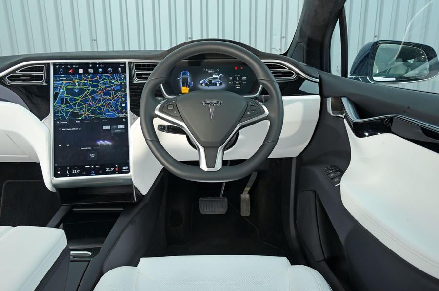 tesla model x review 2018 autocar. Black Bedroom Furniture Sets. Home Design Ideas