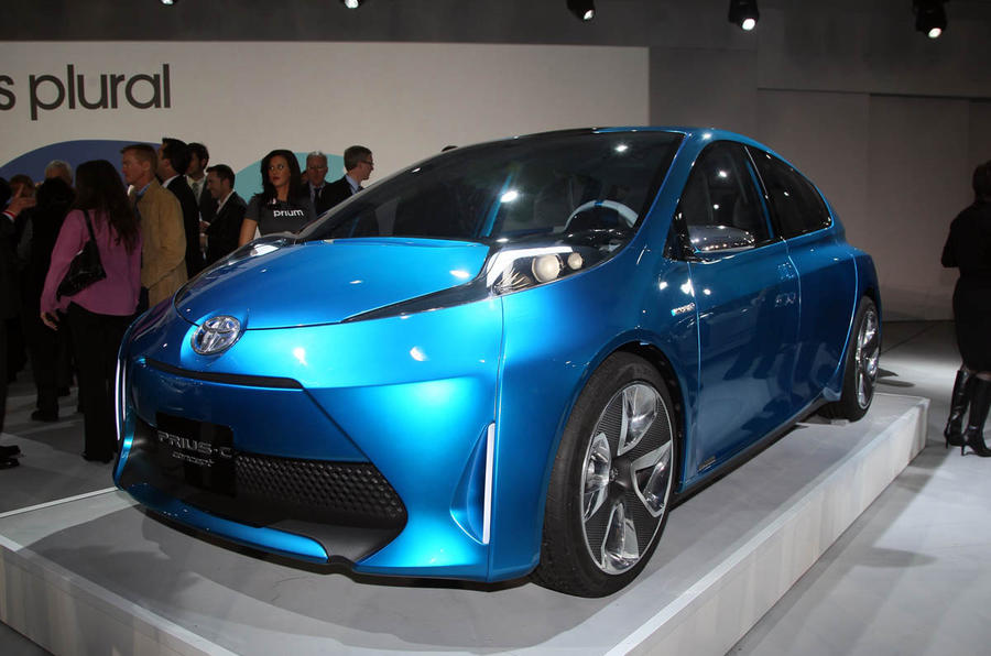 Detroit motor show: new Toyota Priuses