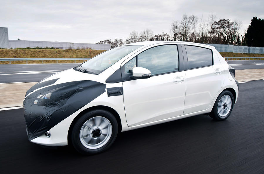 Toyota Yaris Hybrid: first pictures