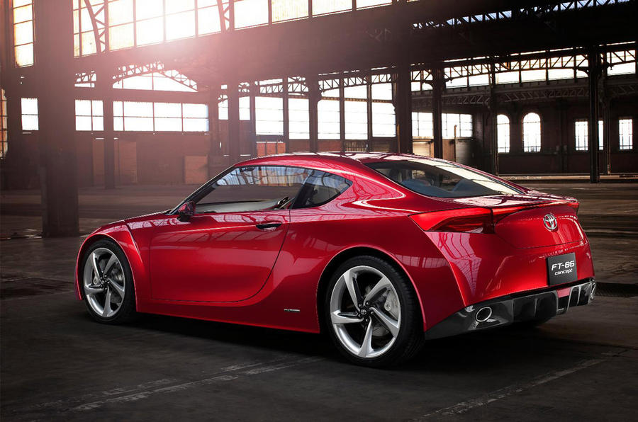 Toyota plans new sports saloon