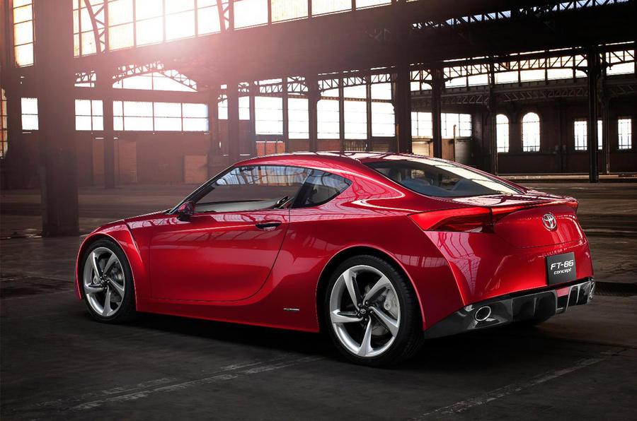 Toyota plans new sports saloon