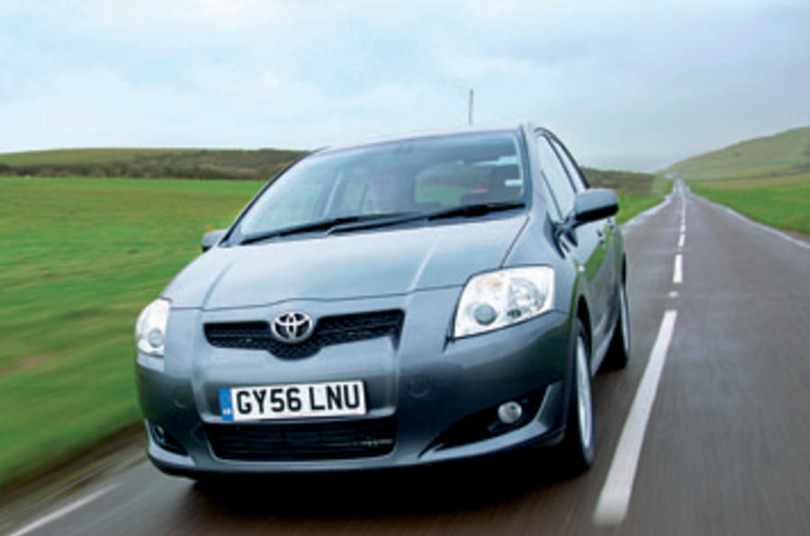 Toyota investigates complaints