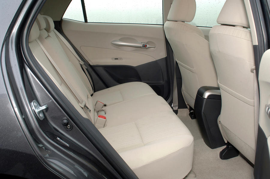 Toyota Auris rear seats